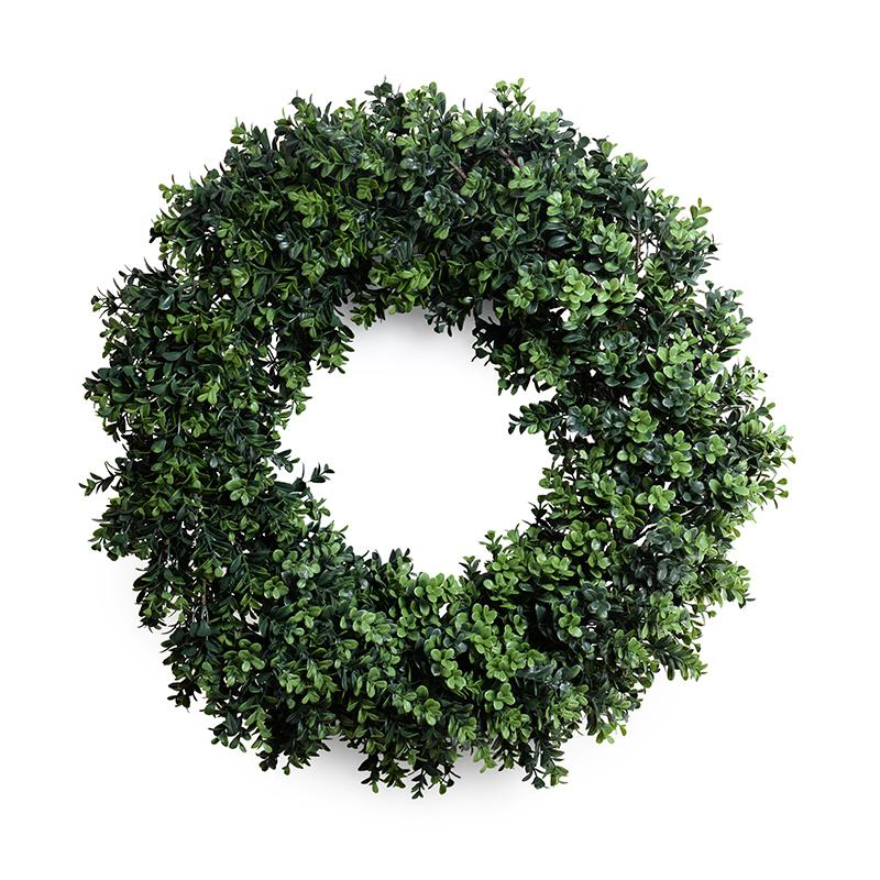 28in Faux Boxwood Wreath