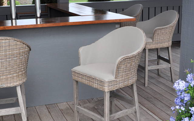How to Select the Perfect Bar Stool #1
