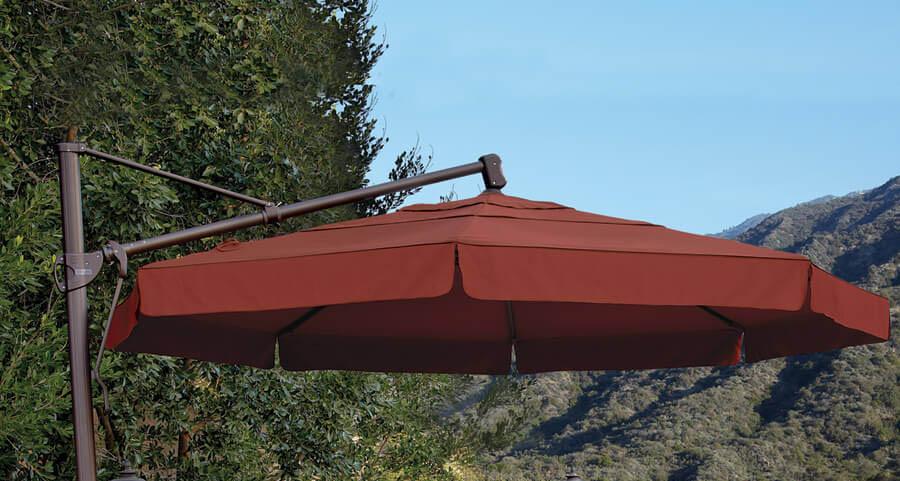 A wine-red umbrella