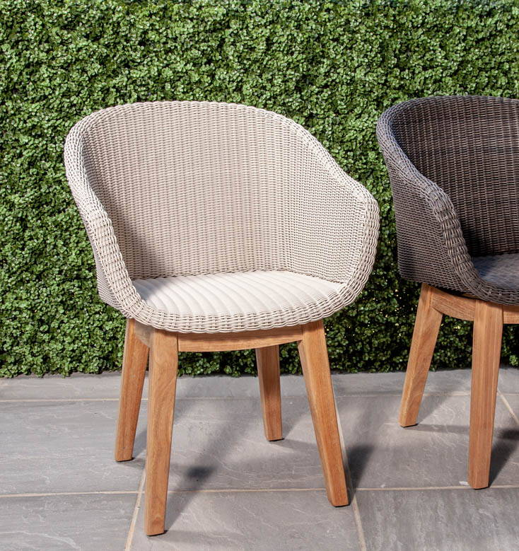 Use Scandinavian Design to Perfect Your Outdoor Space