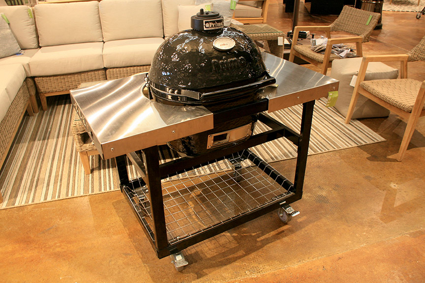 Primo Oval Jr Smoker with Cart