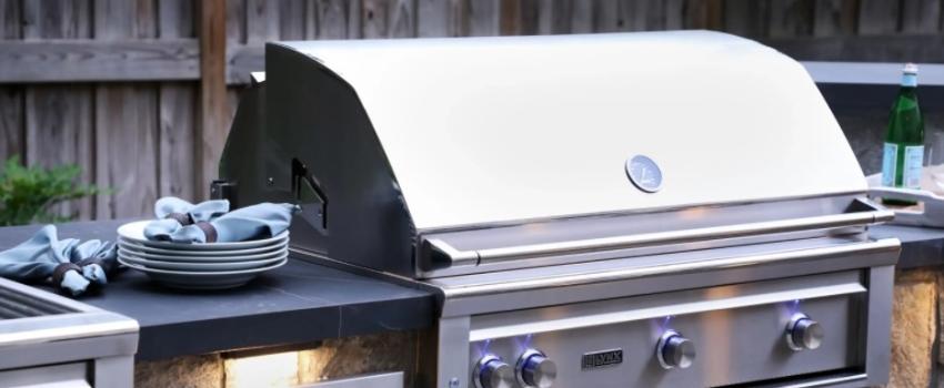 Grills & Outdoor Kitchens